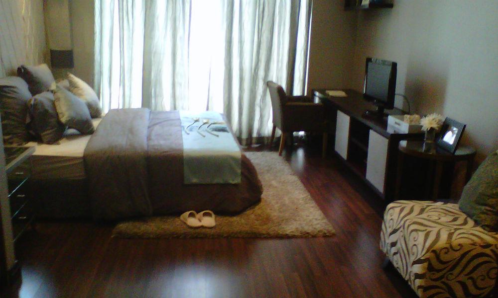 kamar tidur apartemen taman anggrek