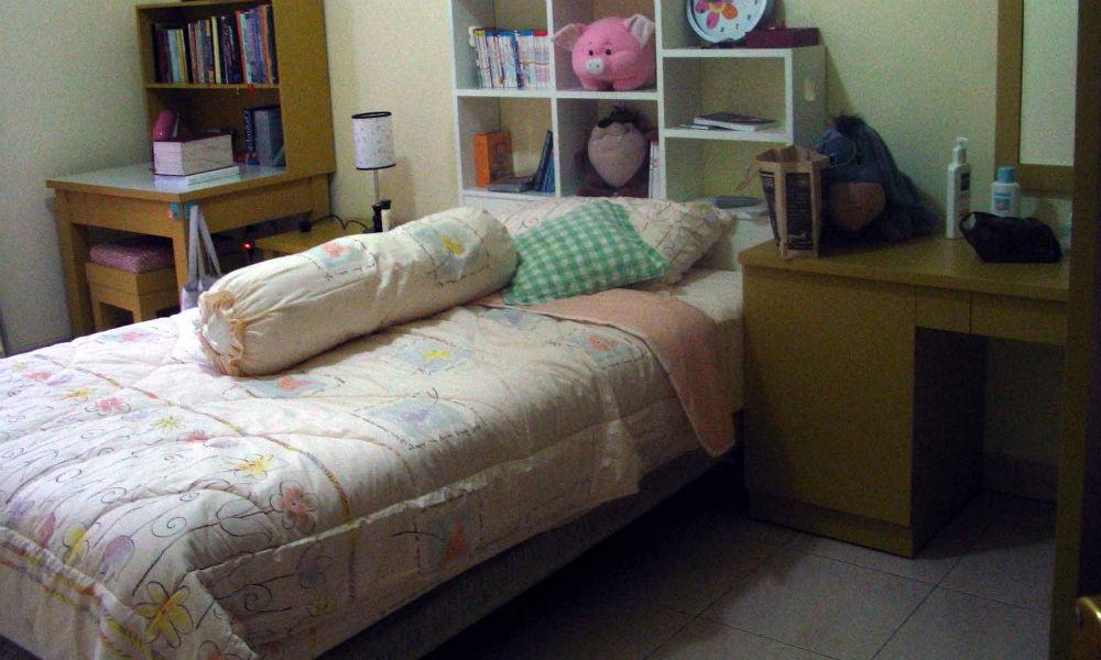 kamar tidur rumah minimalis tebet